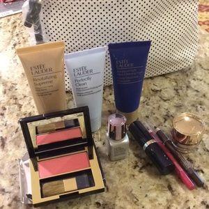 Estée Lauder make up set- travel bag lipstick
